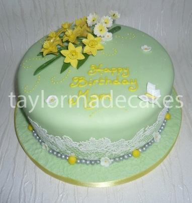 Daffodils & lace