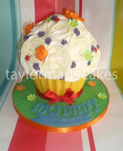 Rainbow cake giant cupcake