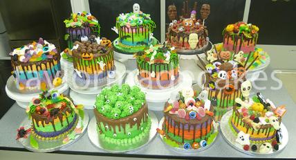 Halloween drip cakes