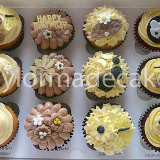 Neutral cupcakes