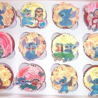 Stitch cupcakes