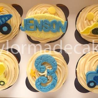 Vehicle cupcakes